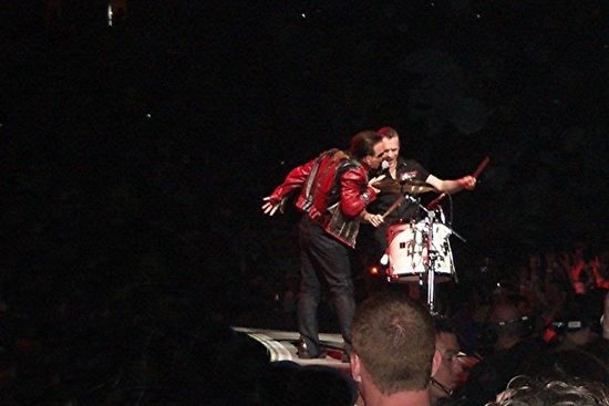 Photo by Adrienne Thomas / bonogirl68@u2.com