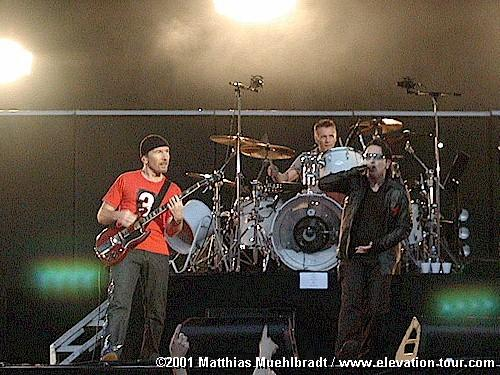 Photo by Matthias Muehlbradt / U2gigs.com