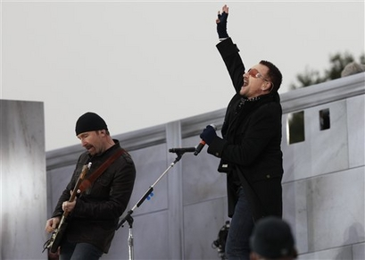 U2 frontman Bono, right, and guitarist The Edge perform at the Lincoln Memorial for President-elect Barack Obama's inaugural concert in Washington , Sunday, Jan. 18, 2009. (AP Photo/Charles Dharapak)